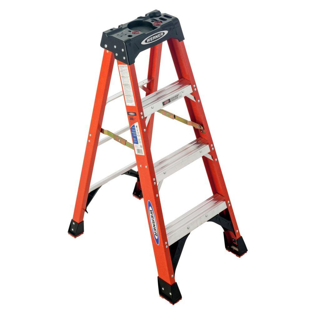 CLD 4FT HD FIBERGLASS TYPE 1A STEP LADDER W/ PLASTIC TOP - 300LB RATING MODEL 371704 MADE IN USA
