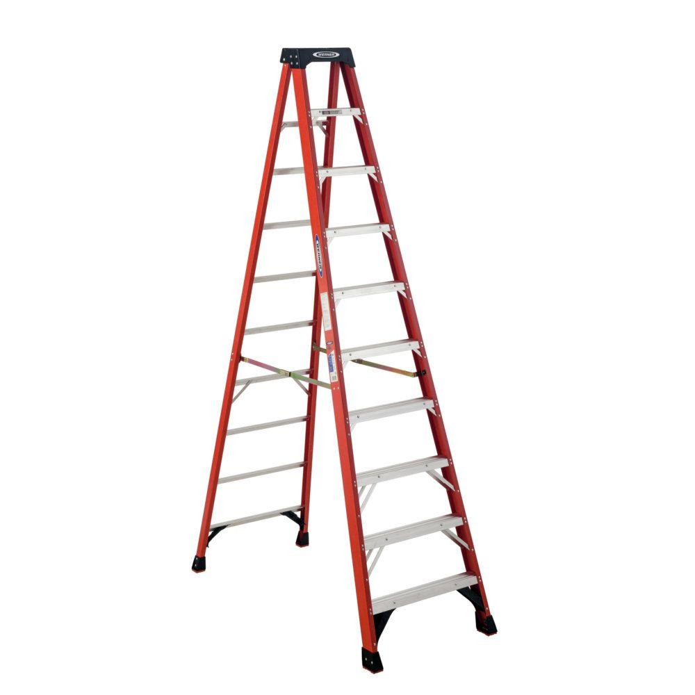 CLD 12FT HD FIBERGLASS TYPE 1A STEP LADDER W/ PLASTIC TOP - 300LB RATING MODEL 371712 MADE IN USA